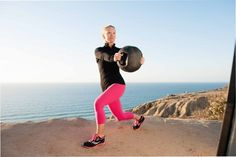Medicine Ball Twist and other exercises to strengthen the transverse plane for runners Stability Exercises, Triathalon, Triathlon Training, Medicine Ball, Run Disney, Lose Weight At Home, Boost Metabolism, Running Motivation, Running Workouts