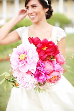 Photography: Kay English - www.kayenglishphotography.com  Read More: http://www.stylemepretty.com/2015/03/05/preppy-vintage-wedding-inspiration/