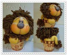 Cosas lindas😊 Clay Jar, Sugar Paste, Pasta Flexible, Jungle Animals, Nature Crafts, Cake Decorating, Polymer Clay, Sculptures, Diy Crafts
