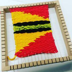 Kehyskudonta Loom Weaving, Frame, Picture Frame, Loom, Loom Knitting, Frames, Weaving