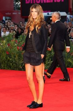 short suit and oxfords. #fashion #style #redcarpet #trending