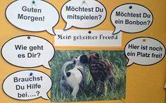 Plakat mit Sprechblasen und Fragen für den geheimen Freund. Das Klassenklima wird dadurch verbessert.