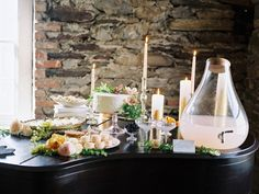 Get the look of this dreamy wedding arrangement with Z Gallerie's Tear Drop Beverage Dispenser. Photography: Trent Bailey Photography