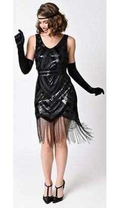 Vintage 1920s Style Black Sequin Beaded Deco Short Fringe Flapper Dress