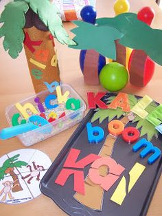 Chicka Chicka Boom Tot Bag- lots o fun early literacy activities