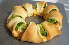 Chicken broccoli cresants