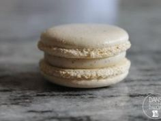 Ganache Vanille - Powered by Ganache Macaron, Ganache Recipe, French Patisserie, Number Cakes, Types Of Cakes, Sweet Recipes, Biscuits, Food And Drink, Sweets