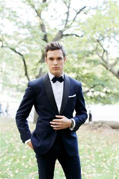 Wedding Suits Groom style tips - We love the notion of all eyes being on the bride at her wedding, but the groom should also be the best-dressed man. Men's Tuxedo Wedding, Wedding Dress Men, Perfect Wedding Dress, Wedding Groom, Mens Wedding Tux, Wedding Suits For Men, Blue Suit Wedding, Wedding Tuxedos, Groom Outfit