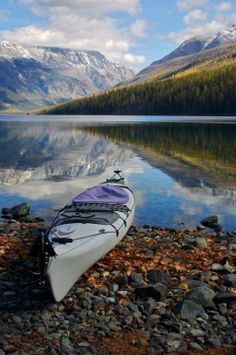 Canoeing is a great way to relax when you're on vacation or have a moment away from a corporate travel trip.