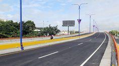Presidente Medina deja abierto al transito elevado en autopista Las Americas