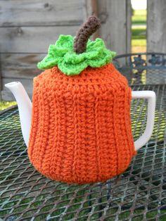 Teapot Cozy by Yarniwa by yarniwa on Etsy, $26.00