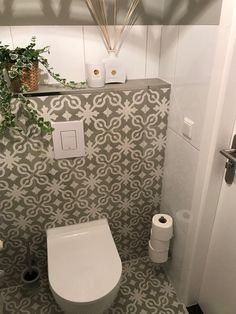 Categorized per room. Cement tiles, Spanish tiles, Moroccan Zellige and Bejmat tiles. Inspiration Wc, Modern Toilet, Spanish Tile, Decoration, Tiles, Sweet Home, Bathroom, Interior Ideas, Peek A Boos