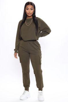 Tomboy Fashion, Fashion Pants, Fashion Outfits, Tomboy Style, Fashion Hub, Urban Fashion, Womens Fashion, Cute Casual Outfits, Chic Outfits