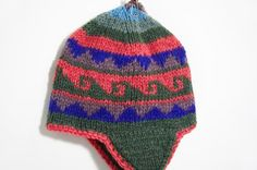 剛剛逛 Pinkoi,看到這個推薦給你:情人節 手工針織羊毛帽 / 手工內刷毛針織帽 / 飛行毛帽 / 針織毛帽 / 毛線帽 - 東歐風幾何圖案 ( 手工限量一件 ) - https://www.pinkoi.com/product/1e2fCEyc