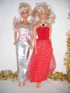 2 X SINGING SIMBA BARBIE TYPE DOLLS  BOTH DOLLS ARE  IN LOVELY WORKING CONDITION  AND 1 OF THEM ALSO LIGHTS UP 0.99+3.89 listed for