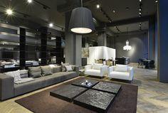 Linz: Designmanufaktur zieht in Traditionscafé- A-List Showroom, Landgraf, Architecture, Design, Table, Furniture, Gallery, Home Decor, Linz