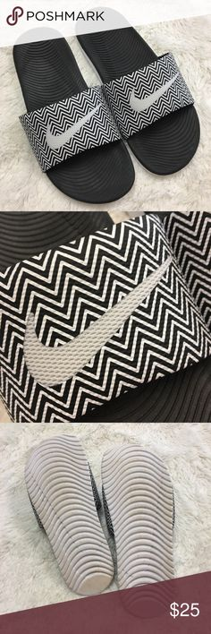 Nike slides chevron print black and white Chevron print Nike slides black and white women's size 8 excellent used condition    ⭐️ 15% Off All Bundles!     Thanks for stopping by!  Nike Shoes Slippers