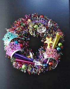 New Years Eve! New Years Eve Wreath. No instructions but I think with a colorful garland and New Years Eve trinkets you can recreate this. From: creative sparks Holiday Wreaths, Holiday Crafts, Holiday Fun, Holiday Parties, New Years Eve Day, New Years Party, New Year's Crafts, Diy Crafts, Nye Party
