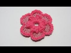 Tutorial. Flor de lana de dos colores en ganchillo.