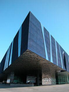https://flic.kr/p/4tFGrj | Forum Building - Herzog & de Meuron | 2005 Spain - Barcelona