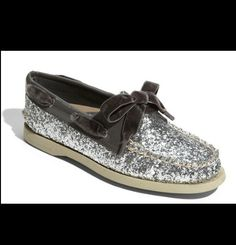 Sparkly Sperrys ...need these