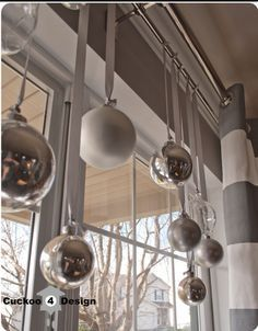Which also look nice with ribbon… | Community Post: 16 Easy, Festive Holiday Garlands