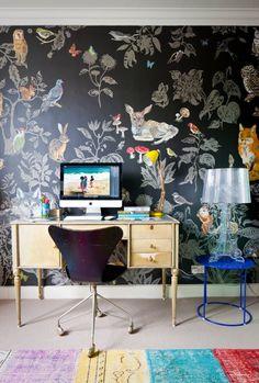 Design File: 51 Animal-Motif Wallpapers for the Daring Decorator