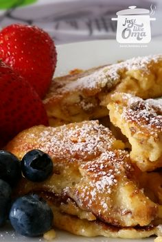 Kaiserschmarrn aka 'Torn Pancakes' ... but oh, so delicious! A traditional Austrian and German treat. Check it out at http://www.quick-german-recipes.com/kaiserschmarrn.html  ❤️it!