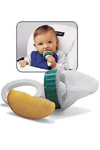 Baby Safe Feeder - A safe, fun and easy way to introduce fresh fruits, vegetables and snacks of your choice without added salt, spices, sugar or preservatives. No hinges, no clasps, no rough edges.     Fill with ice, frozen fruits or frozen juices and it is the perfect teether! The BABY SAFE FEEDER helps with the transition from sucking to chewing while reducing the high risk of choking. See more at: http://www.babyandbeyond.ca/Baby-Safe-Feeder.html#sthash.eT9pcBPe.dpuf