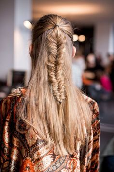 A fishtail makes for instant interesting locks. #hair #braid