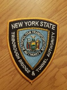 Fire Badge, Federal Law Enforcement, New York Police, Police Patches, Police Cars, Porsche Logo, Badges, Ems, Safety