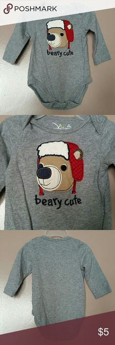 """Listing ❄Beary Cute Bodysuit❄ Excellent used condition, minimal signs of wash wear, no stains...from Jumping Beans.  3 months.  Gray long sleeve bodysuit, """"beary cute"""".  Adorable bodysuit!!!  Jumping Beans One Pieces Bodysuits"""