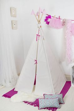 Tipi Modelo Chic Rosa/Teepee Pink Chic Model Hecho  a mano/handmade www.vamosdepicninc.com