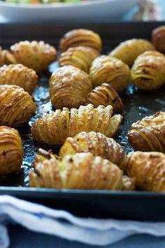 Garlic & parmesan hasselback potatoes