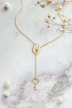 Gold Star of David Necklace/ Jewish star necklace / Diamond Star of David Charm / Magen David charm/ Dainty Star of David in Gold - Fine Jewelry Ideas Love Necklace, Fashion Necklace, Fashion Jewelry, Gold Bar Necklace, Cute Jewelry, Vintage Jewelry, Gold Locket, Luxury Jewelry, Or Rose
