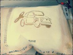 The pillow seduta in carta e aria sgonfiabile di CloeT su Etsy, €35.00