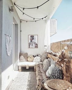 Describe this cozy balcony in one word! Discover eDescribe this cozy balcony in one word! Discover ePray for surf wall art, surf summer decor, trendy cozy balcony decor, diy decor ideas, printable art - My Small Balcony Garden, Small Balcony Decor, Outdoor Balcony, Balcony Ideas, Patio Ideas, Outdoor Privacy, Small Patio, Small Balconies, Balcony Railing