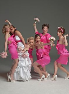 Still of Rose Byrne, Melissa McCarthy, Maya Rudolph, Wendi McLendon-Covey, Kristen Wiig and Ellie Kemper in Bridesmaids