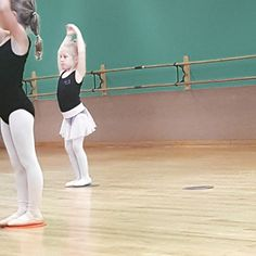 My tiny little ballerina  #zaydajewell #lovethiskid #mommylife #4yearold #ballet #ballerina #dancemom #dancer
