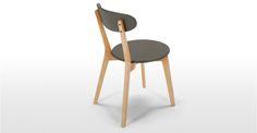 2 x Fjord, chaises, chêne et gris | made.com existe en blanc, bleu canard et chêne 129e