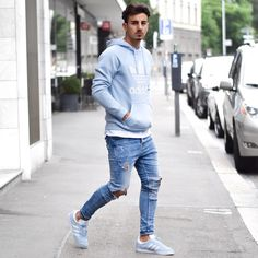 """2,167 mentions J'aime, 24 commentaires - Mensfashion ▪️Street ▪️Style (@mensfashion_guide) sur Instagram : """"Yes or No?  Via @gentwithstreetstyle Follow @mensfashion_guide for more! By @ianna27…"""""""