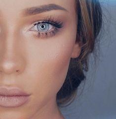 Bronzage makeup