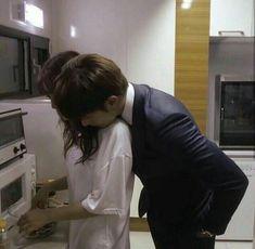 Jungkook material boyfriend shared by Mode Ulzzang, Ulzzang Korean Girl, Korean Aesthetic, Couple Aesthetic, Cute Relationship Goals, Cute Relationships, Couple Ulzzang, Parejas Goals Tumblr, Couple Goals Cuddling