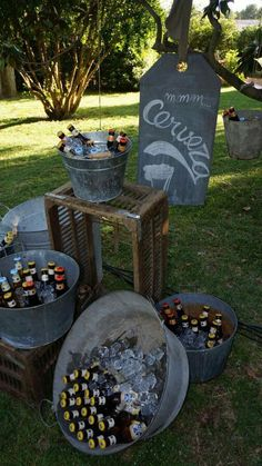 Hier sind einige Ideen, die Sie für Ihre Verlobungsfeier … Here are some ideas for your engagement party to try … – out Mexican Birthday, Mexican Party, 50th Birthday Party, Deco Champetre, Ideas Para Fiestas, Fiesta Party, Rehearsal Dinners, Party Planning, Rustic Wedding