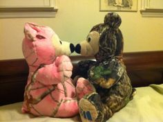 AWW! This would seriously probably be one of the cutest valentines... ;)