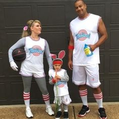 59 Halloween Costume Ideas for Families Who Really Love Halloween  sc 1 st  Pinterest & 20+ BEST DIY Disney Family Costumes | Pinterest | Disney family ...