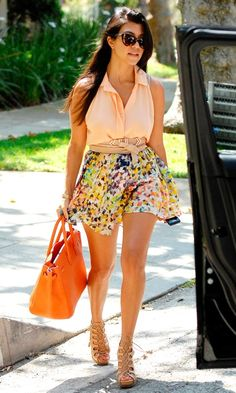 Kourtney K summer outfit<3 that she re-wears pieces, lovin those nude gladiator sandals!