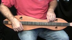 Learn Mountain Dulcimer at DULCIMERSCHOOL.COM - Reading hands instead of tabs or sheet music.