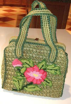 Vintage Green Pink Raffia Purse Hand Bag