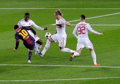 [FOTO] Leo MESSI anotando el primer gol vs AC Milan cc @barca...